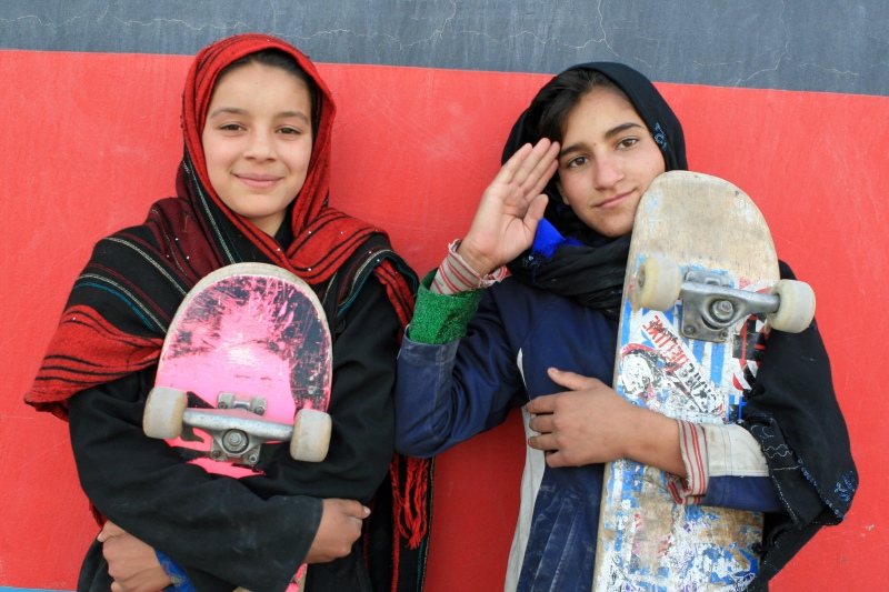 Afghan girls Wahila and Fazilla were able to leave the streets and return to education thanks to Skateistan.
